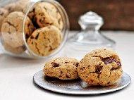 Рецепта Веган бисквити (cookies) с нахут, фъстъчено масло и парченца шоколад